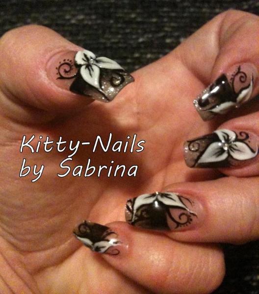 43-kitty-nail-com_